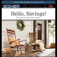 Autumn-ready porch decor 🍁